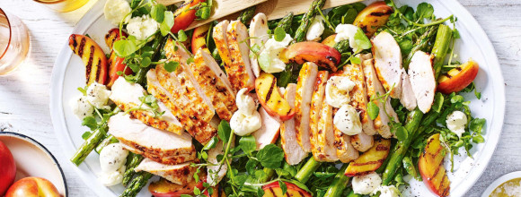 summer_chicken_nectarine_salad